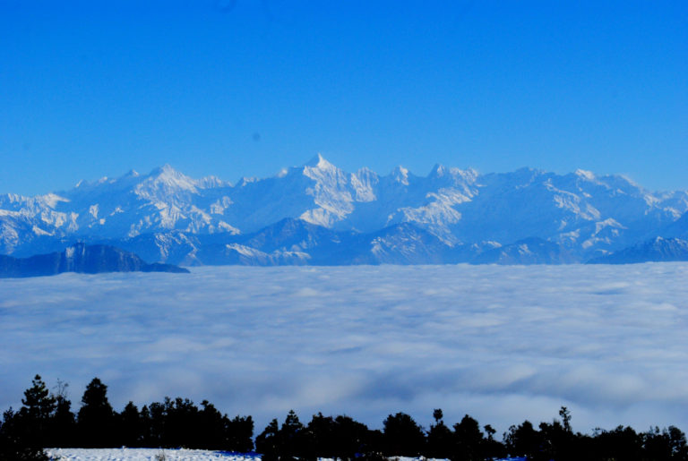 himalayas and clouds from offbeat Jhaltola