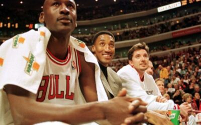 Chef Curry: Stephen Curry Responds To Michael Jordan's Hall Of Fame Jab