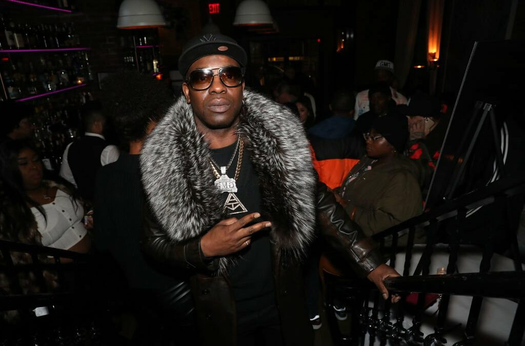 "Uncle Murda ft. Que Banz ""We Outside,"" Tek of Smiff N Wessun ""Brooklyn Shootouts"" & More 