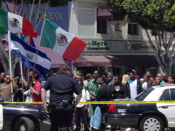 2007- Cliff organized the Unity Fightback against Ted Hayes' anti-immigrant march on Leimert Park.
