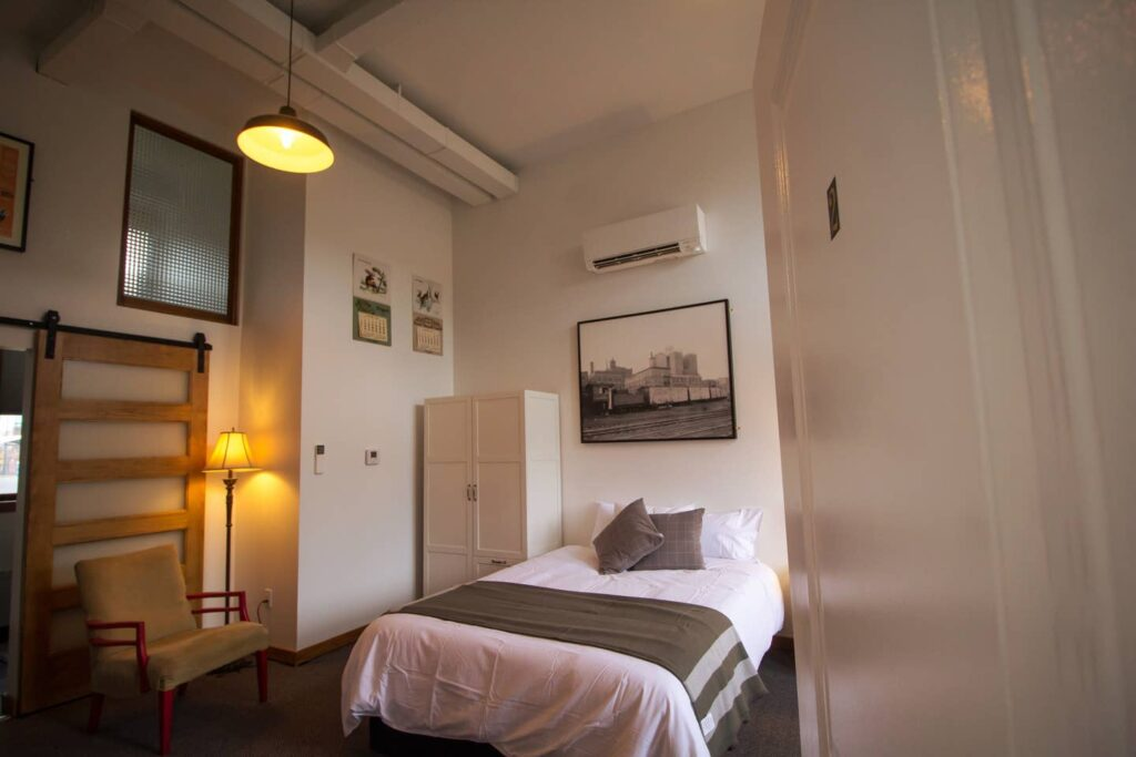 Room 2 with Wheelchair Access