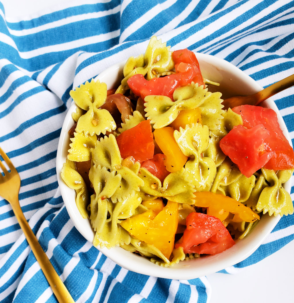 Easy Heirloom Tomato Spinach Bow-Tie Pasta