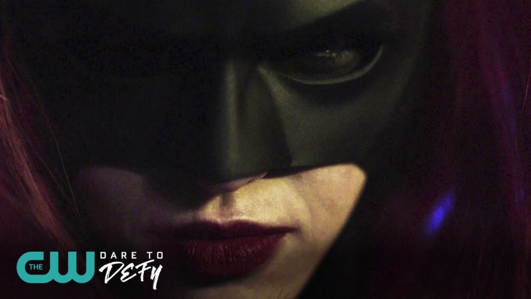 Batwoman appears in new Arrowverse teaser
