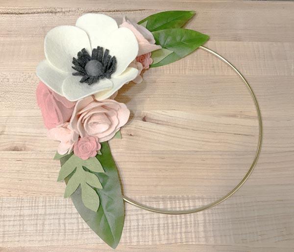 PTBO Makes - Ellebury - The Little Bird Designs Wreath