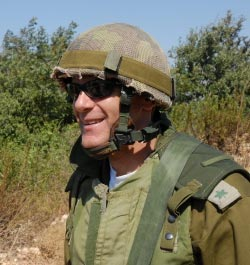 Oren on reserve duty in Northern Israel during 2nd Lebanon War. Credit: Michel J. Totten