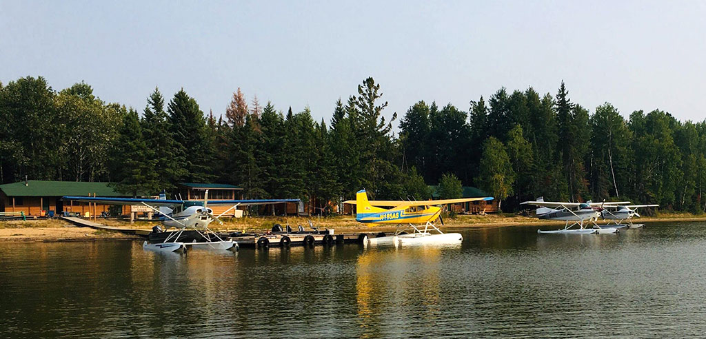 Airplanes on Cat Island