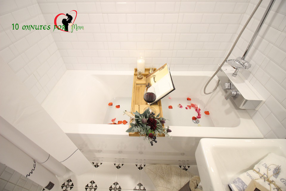 bathroom design ideas -10 minutes for mom