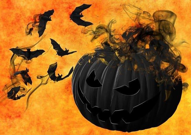 Halloween Garland of bats