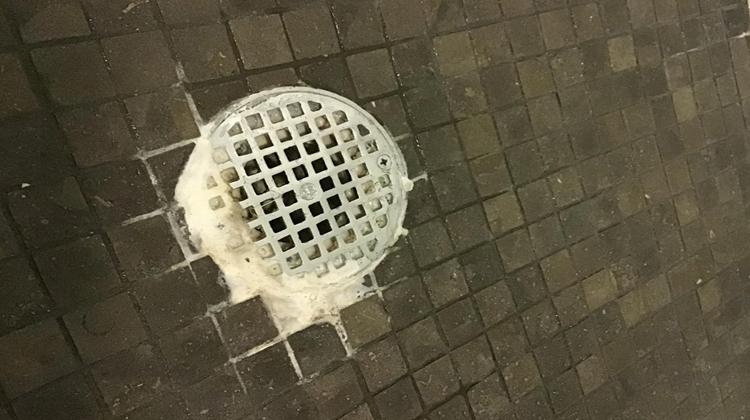 Shower Efflorescence Cleaning Tips