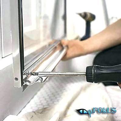 shower door leakage