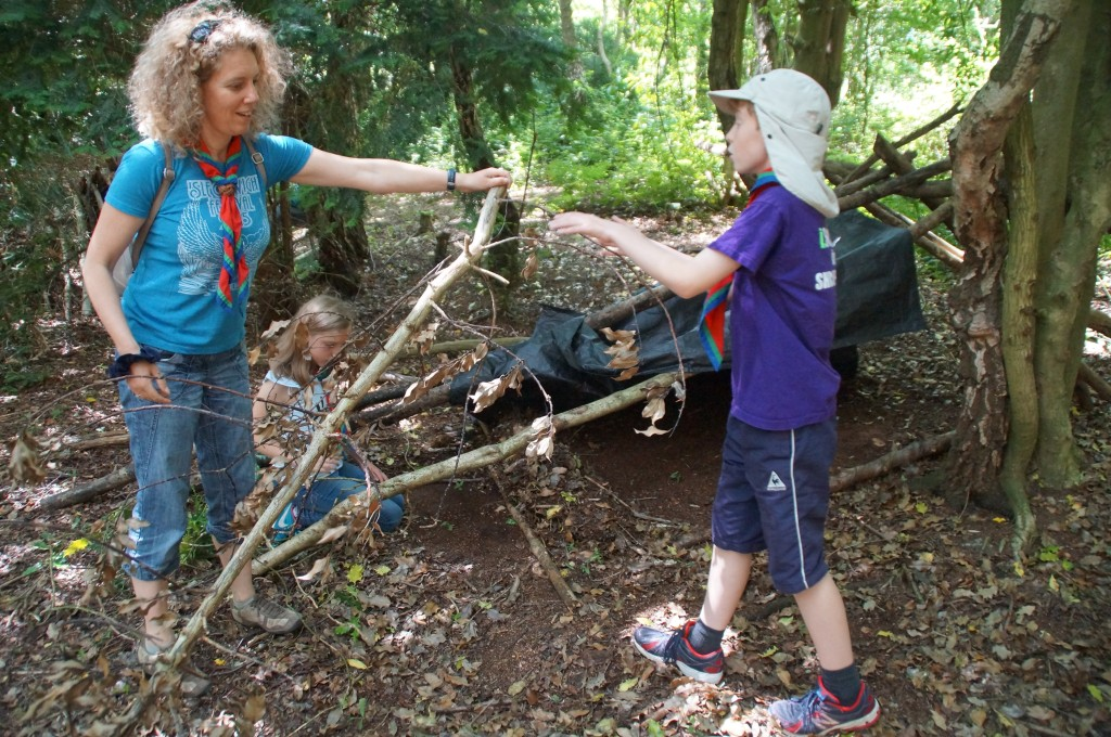 1st Broseley Scouts Build Shelters