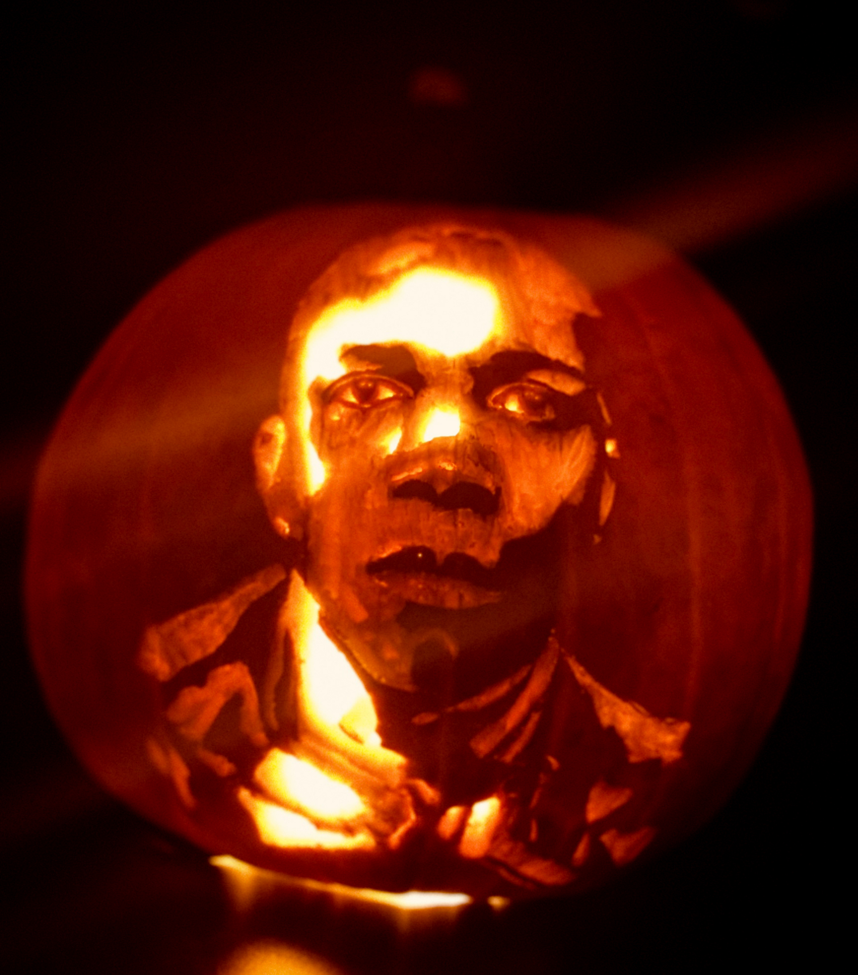 Leslie Odom Jr Pumpkin Carving
