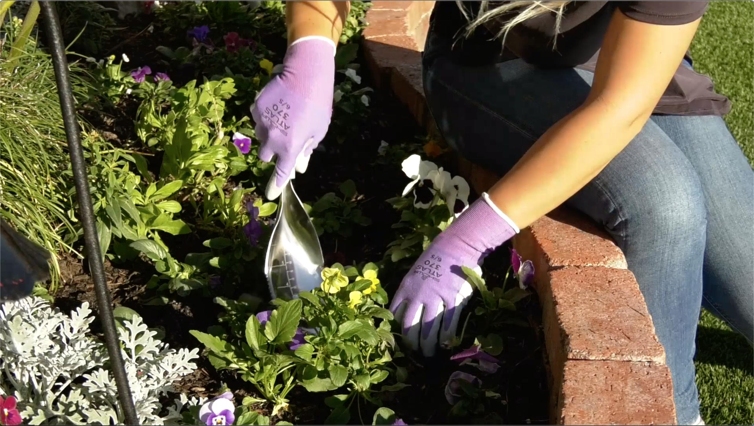 Ultimate Innovations Atlas Gardening Gloves