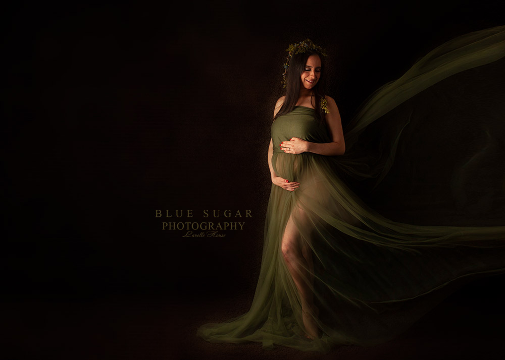Loudoun Maternity Photographer: Sew Trendy Accessories Client Closet