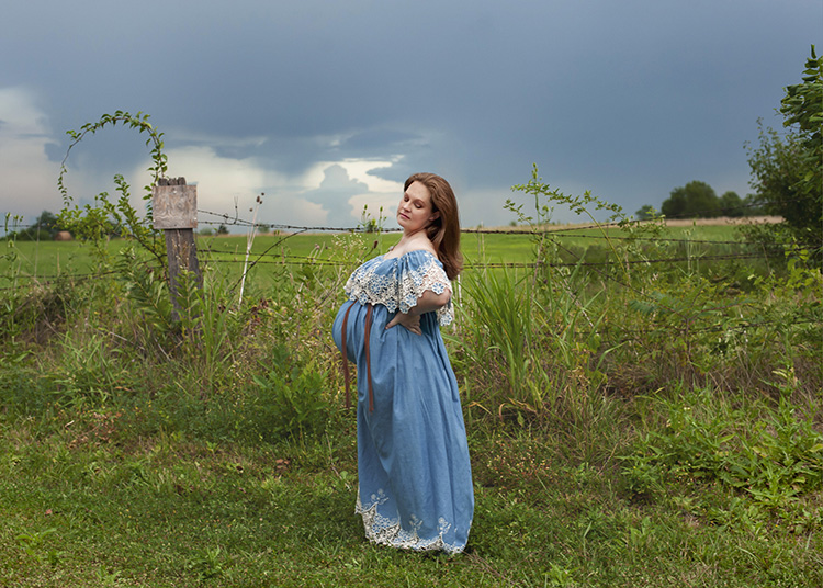 Frederick MD maternity photographer