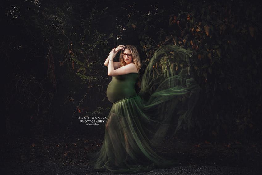 maternity and newborn photographer