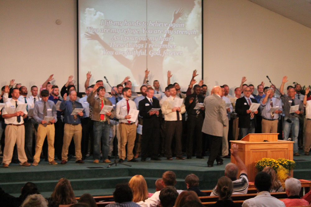 Bethel's Praise Team – singing and giving glory to God!