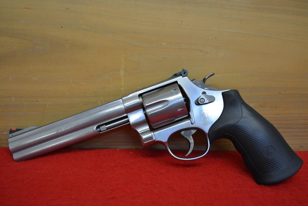 Smith & Wesson Model 629 44 Mag 6-1/2″ Classic