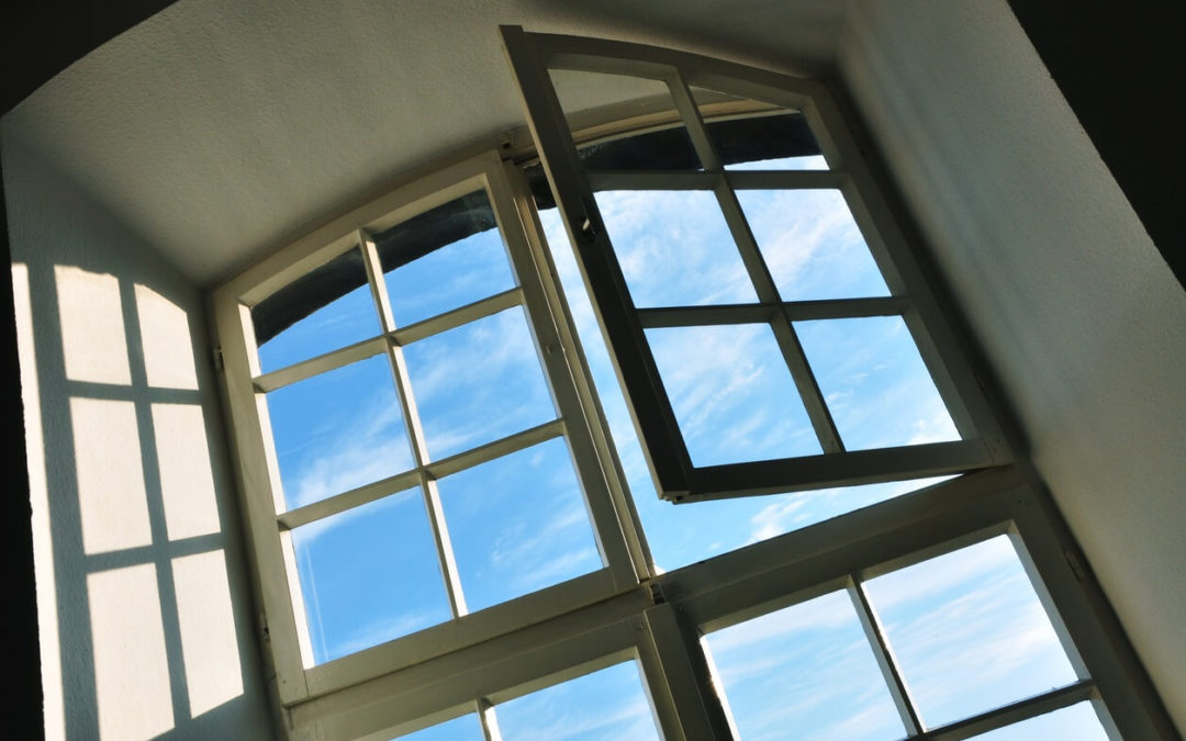 Learn how to find your windows' air leaks
