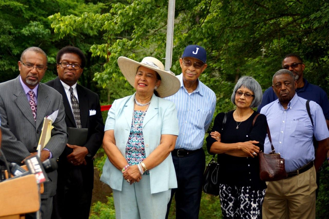 Frances Greer-Morris, president of the Woodlea Neighborhood Association (wearing hat)   PHOTOS BY JAY JOHNSON