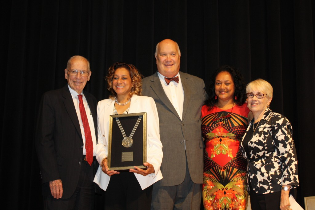 Pictured are former Gov. William Winter (from left), Oleta Fitzgerald, Marty Wiseman, Rhea Williams-Bishop and Cathy Grace, recipient of the 2009 Winter-Reed Award. PHOTO BY SHANDERIA K. POSEY