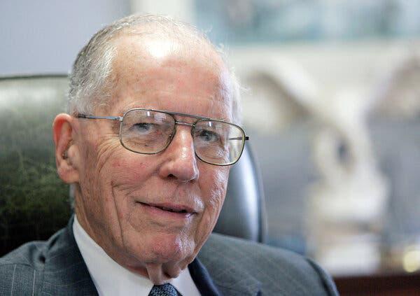 Mississippi's 'education governor,' William Winter, dies