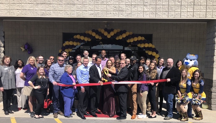 Ribbon Cutting for Planet Fitness - LaVergne