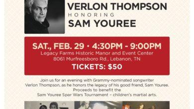 Photo of Verlon Thompson Honoring Sam Youree