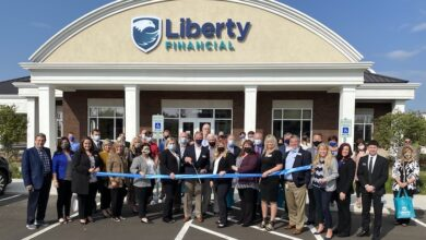 Photo of Ribbon Cutting for Liberty Financial