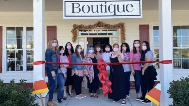 Photo of Ribbon Cutting for Shabby 2 Chic Salon Suites & Boutiques