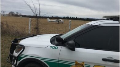Cessna aircraft makes emergency landing