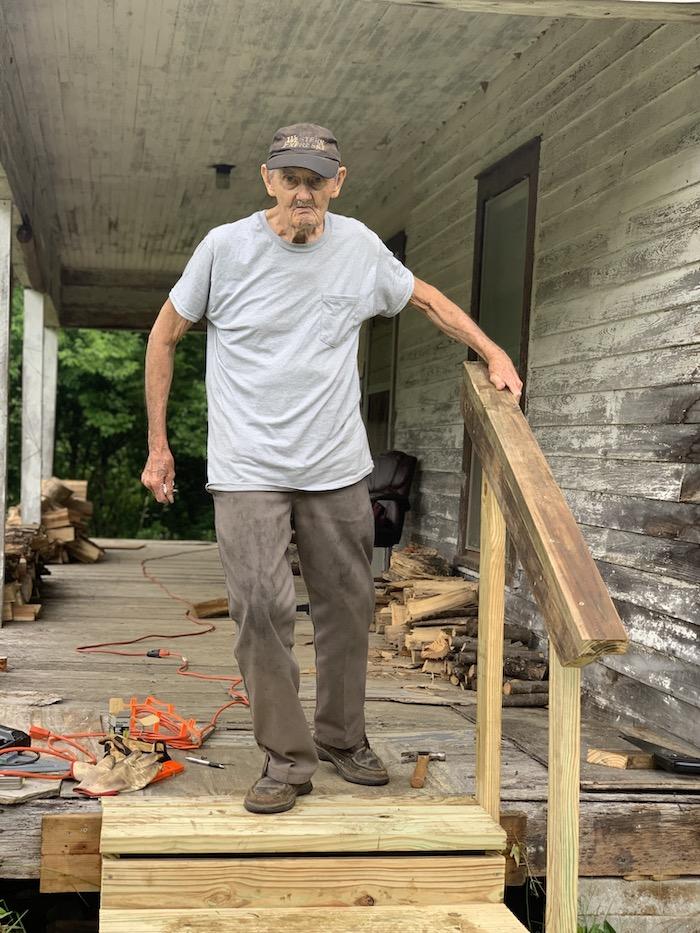 Sheriff's SCAN volunteers repair porch for senior citizen