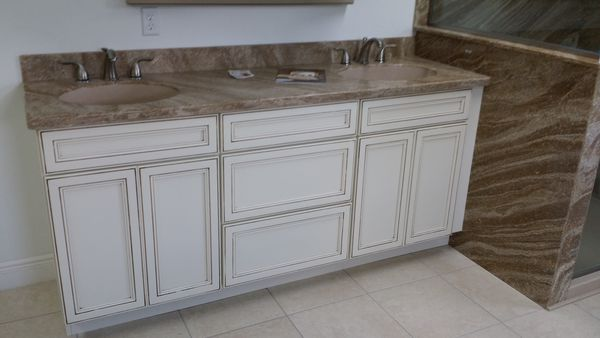 How Does A Professional Offering Kitchen Remodeling In Lynwood Goes About Doing The Job