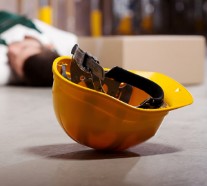 Worker injury photo with yellow hard hat
