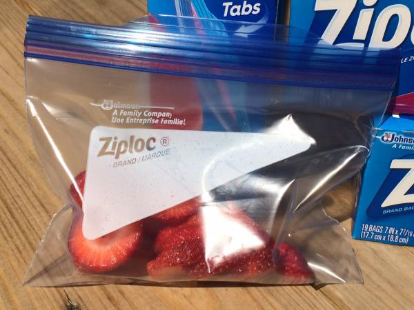 Ziploc Brand Easy Open Tabs