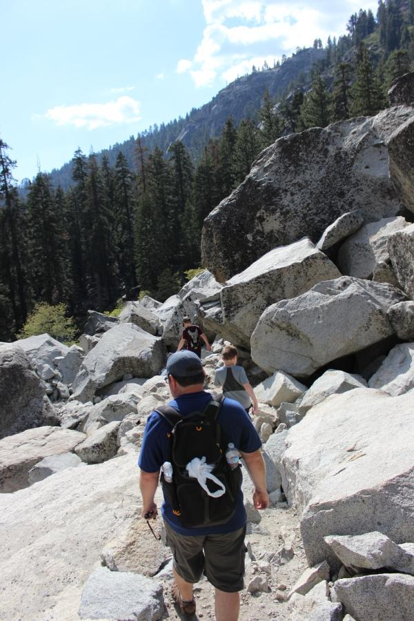 Rocks near Tokopah Falls