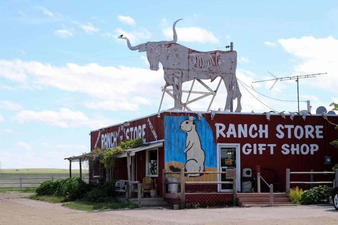 I-90 West South Dakota Roadside Attractions20160601-04