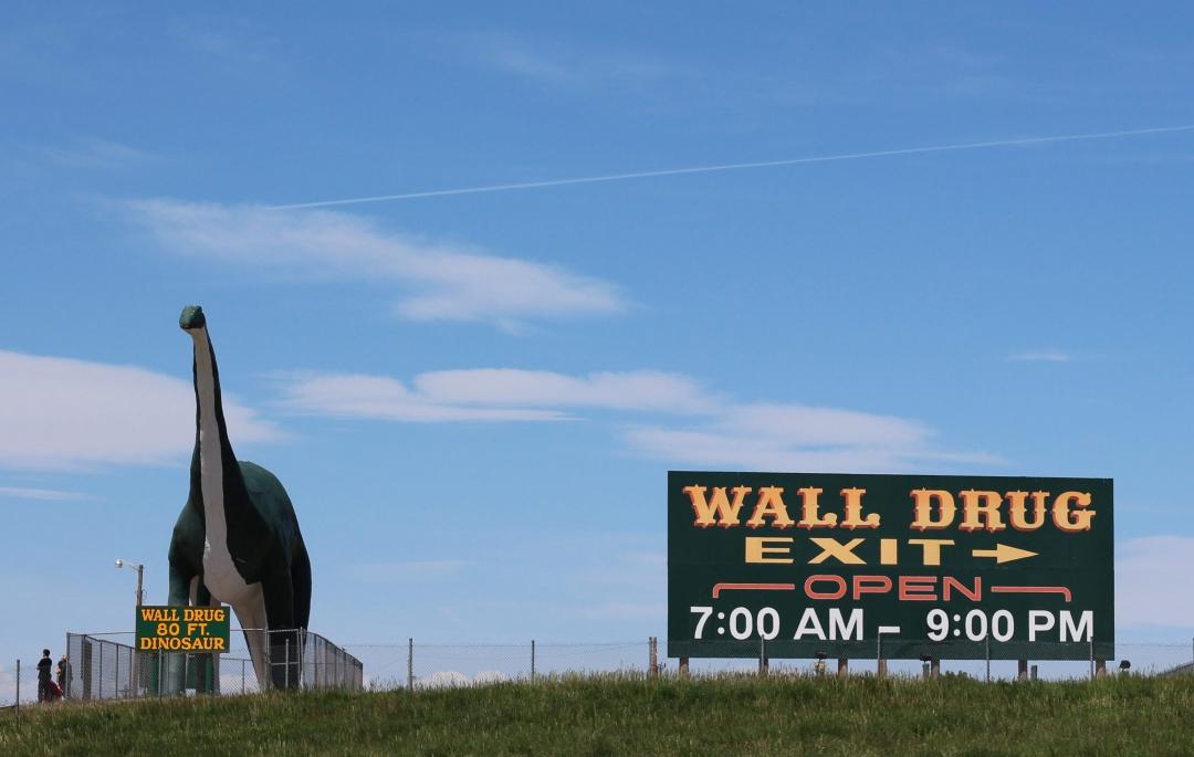 I-90 West South Dakota Roadside Attractions20160602-10