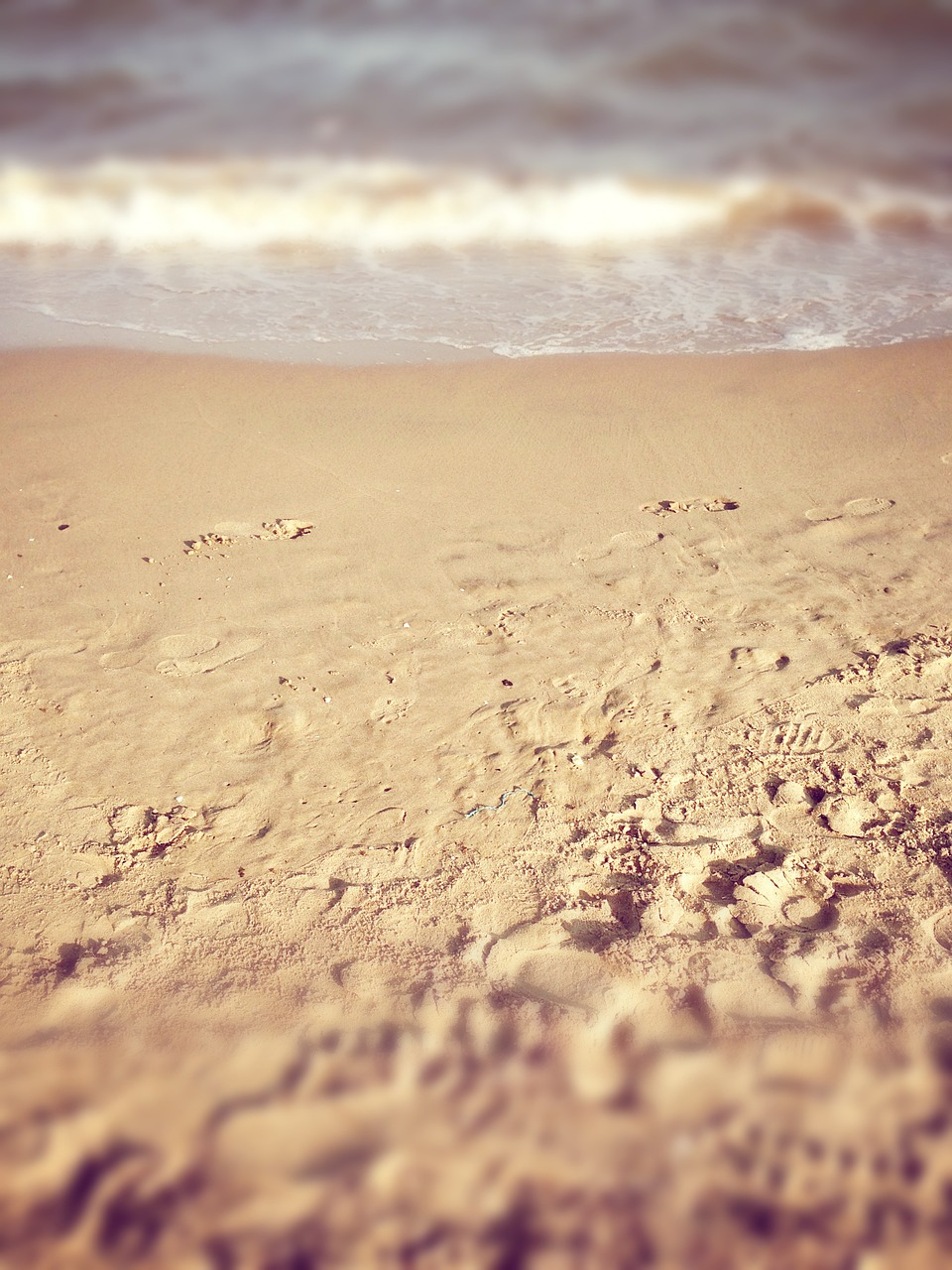 When Friends Disappoint: The Footprints on Your Soul