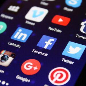 How To Maximize Your Dental Implant Marketing Social Media Efforts