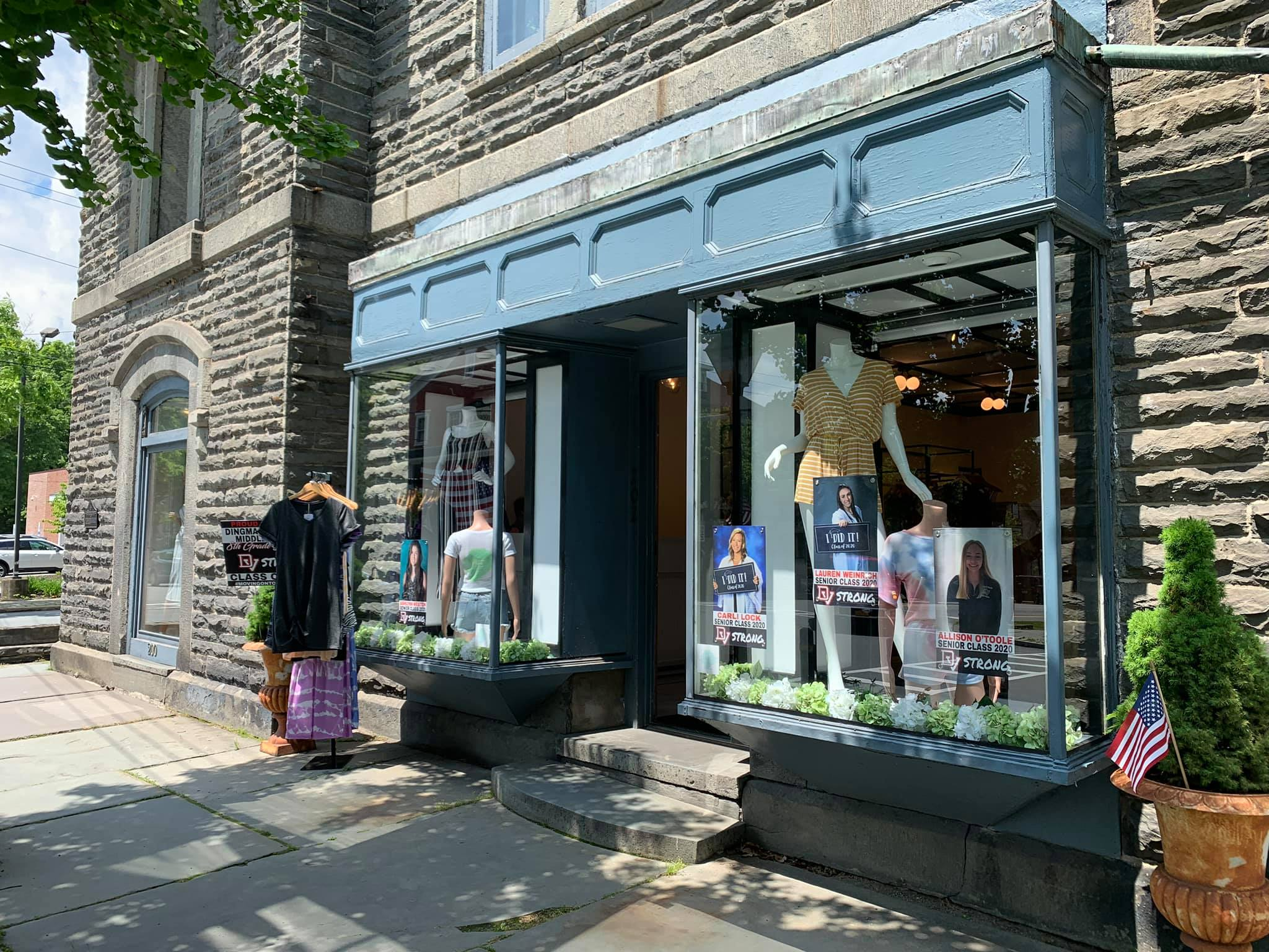 exterior of boutique store mint by robin