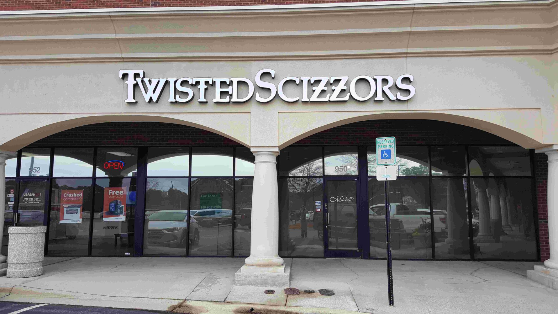 Twisted Scizzors Hair