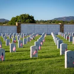 photography, memorial day, medford, oregon, remember, patriotic, Ealge Point VA Cemetery