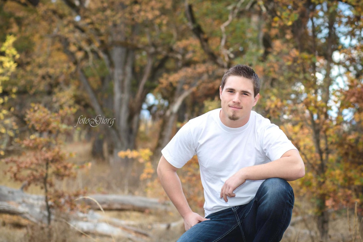 senior portrait, southern oregon photographer, medford, oregon