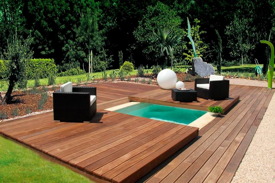 deck moderna sobre jacuzzi
