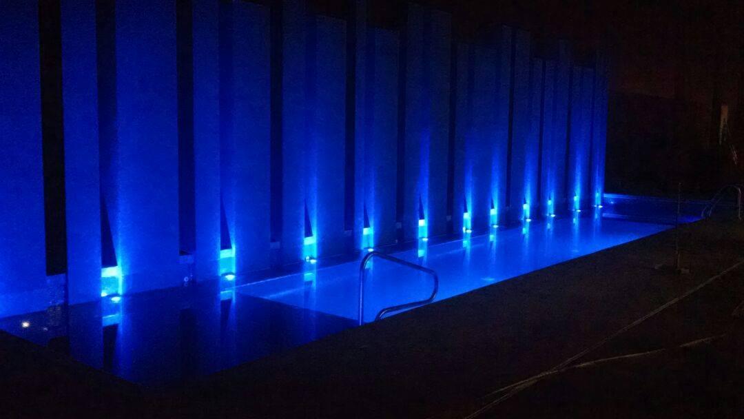 Illuminacion de Alberca Holiday Inn – hermosillo