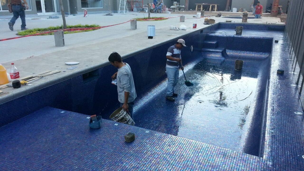 Construccion de Alberca Holiday Inn – hermosillo 7