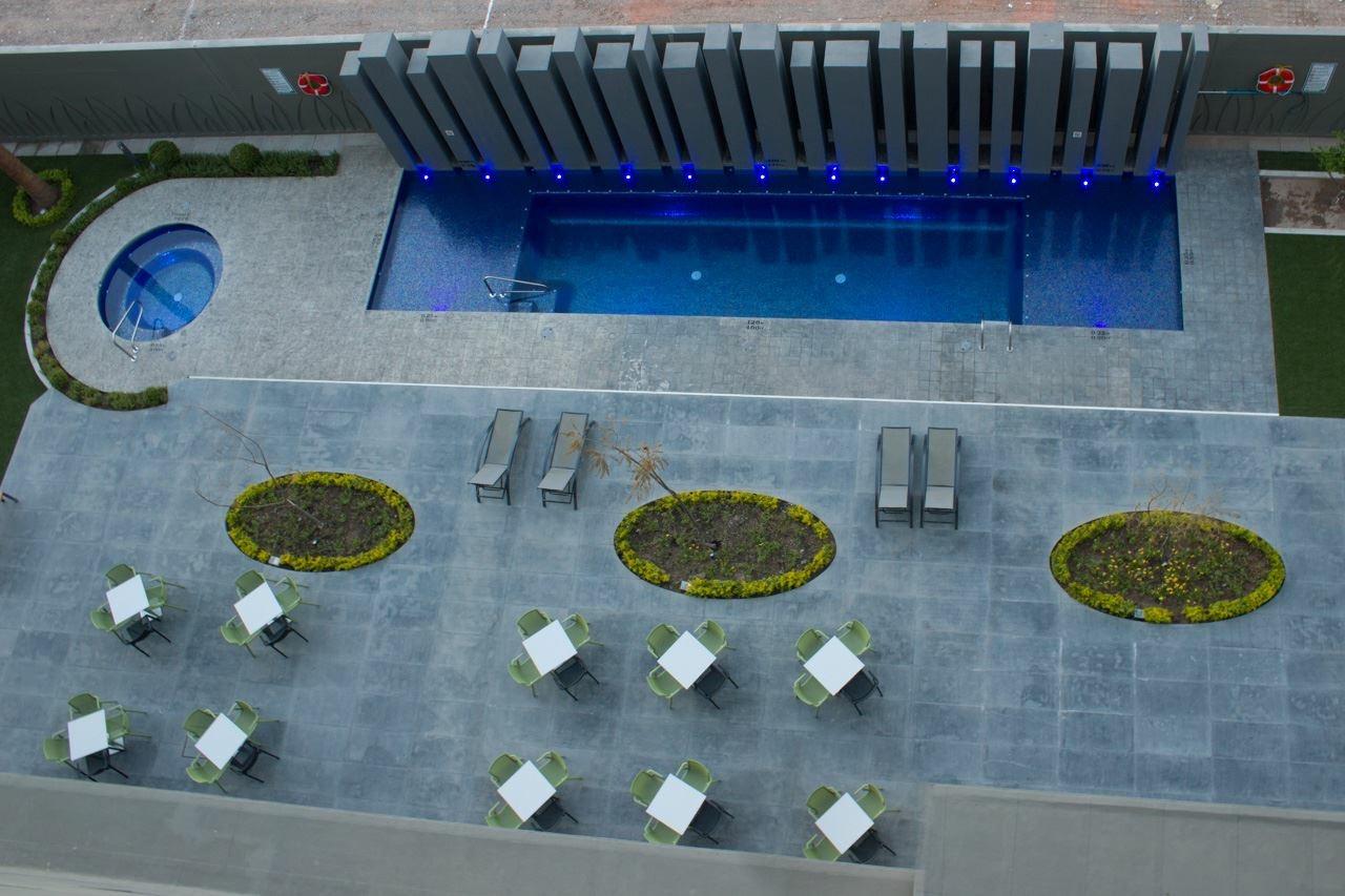 Alberca Holiday Inn – hermosillo 8