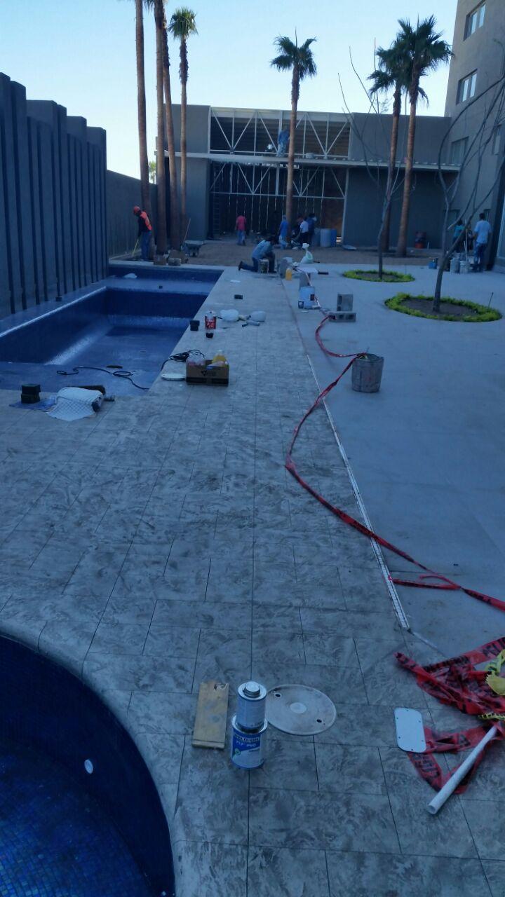 Construccion de Alberca Holiday Inn – hermosillo