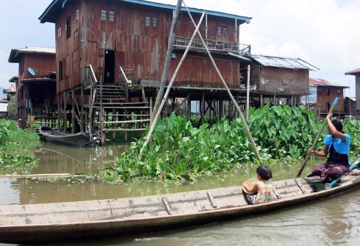 Yangon – Kyaikhtiyo – Yangon – 2 Days